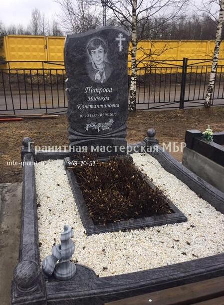 памятники надгробные