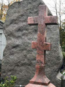 крест из гранита на могилу