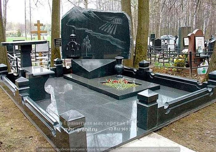 Памятник из гранита Курганинск Эконом памятник Купола с профильной резкой Белый