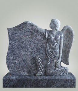 ангел на памятнике