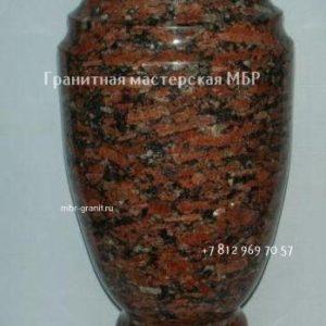 ваза на могилу из камня