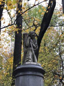 скульптуры на могилу
